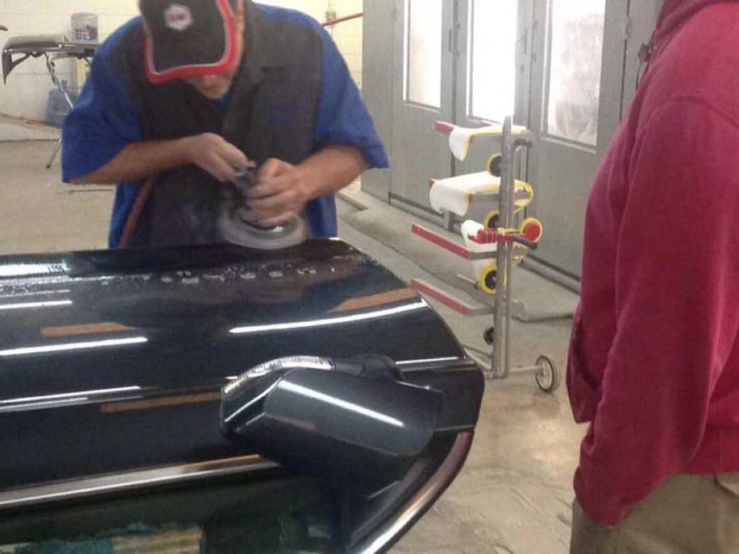 Why choose paintless dent repair services?